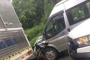 Hà Giang: Xe máy đối đầu xe khách, 2 người tử vong