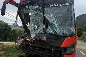 Tai nạn ô tô khách liên hoàn trên QL 14B, hành khách hoảng loạn