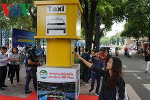 TP HCM thí điểm 5 điểm đón taxi cố định ở quận trung tâm