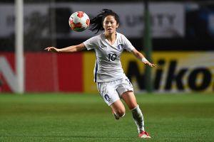 Cầu thủ nữ Hàn Quốc dự ASIAD 18 xinh như thiên thần