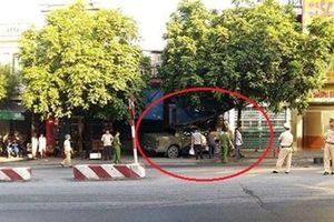 Vì sao chưa khởi tố vụ xe bán tải đè chết người ở Quảng Ninh?