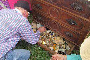Cựu hải quân Mỹ bất ngờ phát hiện kho báu bên trong tủ cũ