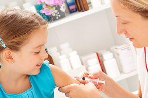 Trẻ tiêm vắc xin có khỏe mạnh hơn trẻ không tiêm?