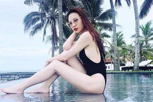 Mặc bikini khoét cao, Đàm Thu Trang - bạn gái Cường Đô la lại 'đốn tim' fan