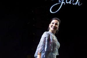Mỹ Linh bùng nổ trong 2 đêm đầu tiên của tour diễn lớn cuối cùng