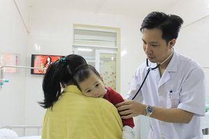 Hà Nội: Nhiều trẻ mắc bệnh sởi nhập viện do chưa tiêm chủng