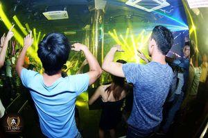 Hàng chục dân chơi sử dụng ma túy trong quán karaoke ở Hải Dương