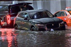 4 cách nhận biết xe ô tô từng bị ngập nước