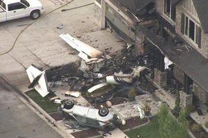 Chuyện lạ hôm nay: Chồng cãi nhau với vợ, mượn máy bay tông nhà