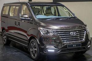 Ảnh chi tiết Hyundai Grand Starex phiên bản nâng cấp giá từ 784 triệu đồng
