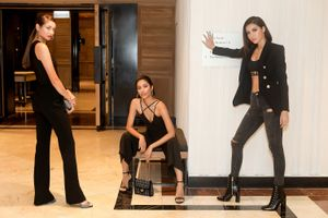 Minh Tú đẹp sắc sảo đọ dáng cùng dàn Asia's Next top Model mùa 6