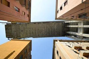 Những chung cư nằm trong 'vùng đỏ' sau vụ sập cầu Morandi (Italy)