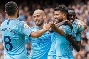 Aguero 'nổ' hat-trick, Man City đè bẹp Huddersfield
