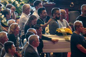 Số người chết trong vụ sập cầu Morandi tiếp tục tăng, nước Ý chìm trong tang thương
