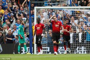 MU thua Brighton 2-3: Mặt nạ rơi, 'Quỷ đỏ' hèn nhát lộ diện