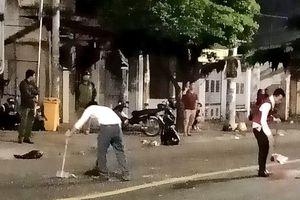 Hỗn chiến trước quán bar ở Sài Gòn, cả khu phố náo loạn