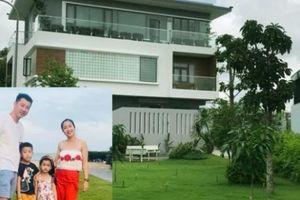 Biệt thự sân vườn xanh mướt và góc nhỏ 'đặc biệt' của Ốc Thanh Vân