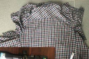 Chiếc áo trong thùng rác 'vạch' màn kịch của 2 gã bạn tồi