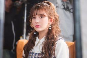 Đột ngột rời JYP: Netizen nghi ngờ Somi phá luật hẹn hò hoặc có thể do… nhân cách xấu?