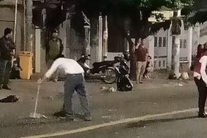 Truy xét hàng chục đối tượng trong 2 nhóm hỗn chiến trước quán bar