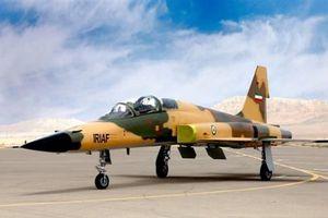 Iran 'trình làng' mẫu máy bay chiến đấu thế hệ mới 100% nội địa