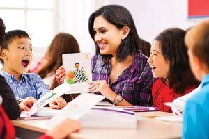 Học tiếng Anh bằng tương tác đa giác quan