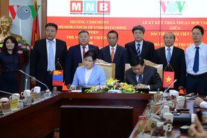 VOV và Đài PTTH Mông Cổ ký kết hợp tác phát thanh, truyền hình