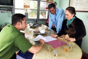 Vạch trần chiêu 'hô biến' khoai tây Trung Quốc thành hàng Đà Lạt