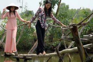 Thót tim đi trên những cây cầu nguy hiểm nhất thế giới, trong đó có cầu khỉ của Việt Nam