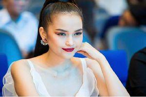 Vẻ gợi cảm của cô gái đăng quang Hoa hậu Siêu quốc gia VN