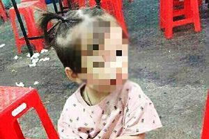 Hà Tĩnh: Chơi ở sân bà ngoại, một bé gái 3 tuổi mất tích bí ẩn
