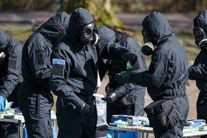 Tấn công hóa học tại Anh: Cảnh báo bất ngờ cho du khách Nga