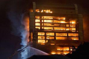 Hiện trường vụ cháy khách sạn ở đông bắc Trung Quốc, 19 người thiệt mạng