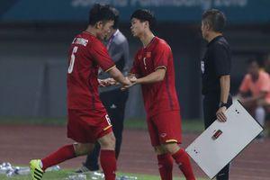 Lý do Xuân Trường bị thay ra ở đầu hiệp 2 trận đối đầu Bahrain