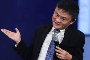 Lợi nhuận sụt giảm, cổ phiếu Alibaba tụt dốc