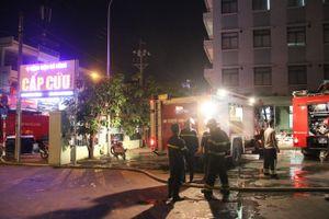 Kho vật tư của bệnh viện phát hỏa, hàng chục bệnh nhân ở Đà Nẵng tháo chạy