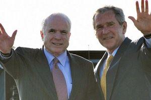 Cựu Tổng thống Mỹ Bush nhận lời đọc điếu văn tại tang lễ ông John McCain