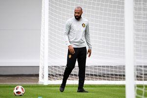 CLB Bordeaux từ chối huyền thoại Thierry Henry vào phút chót