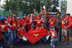 'Cháy' tour đi Indonesia cổ vũ Olympic Việt Nam đá bán kết ASIAD 2018