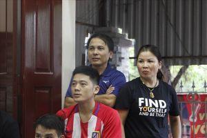 Mẹ Quang Hải: Toàn đội không ai bị chấn thương là tôi đã rất mừng rồi