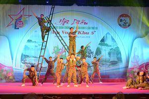 Gần 120 tiết mục tham gia Hội diễn nghệ thuật quần chúng LLVT Quân khu 5 lần thứ XII