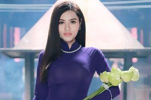 Hoa khôi thời trang duyên dáng với áo dài trước thềm Hoa hậu Việt Nam Thế giới