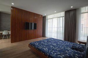 Nhà đẹp phá cách thích nghi với không khí ngột ngạt ở Hà Nội