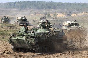 NATO 'phát hoảng' khi 300.000 quân, 1.000 máy bay rầm rộ diễn tập tại Nga