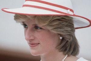 21 năm ngày mất, nhan sắc công nương Diana vẫn luôn khiến người người nhớ mãi không quên