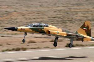 Nối gót Nga, Iran chuyển loạt chiến đấu cơ mới, tên lửa S-300 tới Syria