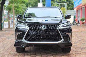 Lexus LX570 Super Sport bản 4 chỗ giá hơn 10 tỷ ở Hà Nội