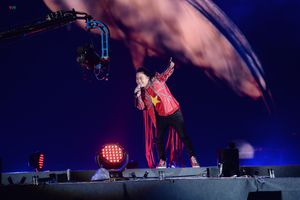 Nghệ sĩ Việt 'cháy' cùng Olympic Việt Nam trong đại lễ vinh danh