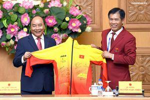 Thủ tướng: Chiến thắng lớn của thể thao Việt Nam là trong lòng người hâm mộ