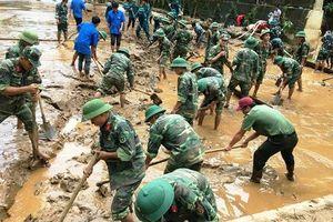 Quân đội khắc phục hậu quả mưa lũ cho ngày khai giảng